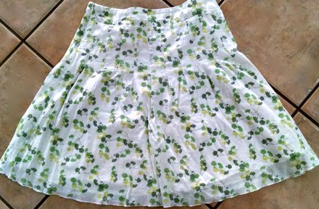American Eagle Outfitters Size 4 P1489 Skirt green, white