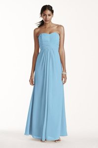 David's Bridal Capri Chiffon Long Strapless and Pleated Bodice In Formal Bridesmaid/Mob Dress Size 0 (XS)