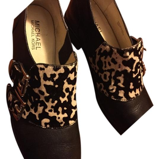 Preload https://item3.tradesy.com/images/michael-kors-black-flats-size-us-7-4145287-0-0.jpg?width=440&height=440
