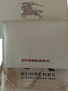 Burberry Burberry card case Lannister patent leather wallet in Stone - brand new ! Sold out EVERYWHERE!!