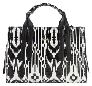 Sapsucker Satchel in Black & White