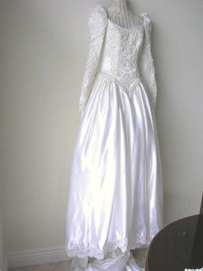 Michelangelo Off White/Cream Satin Beaded Vintage Sequined Princess Bridal Ball Gown Feminine Wedding Dress Size 4 (S)