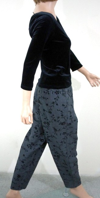 Gantos Velvet Floral Flocked Tapered Let Pants