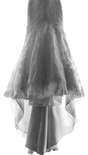 Preload https://img-static.tradesy.com/item/4147999/la-sposa-off-whiteivory-tulle-lace-with-guipur-applications-mullet-feminine-wedding-dress-size-8-m-0-8-540-540.jpg