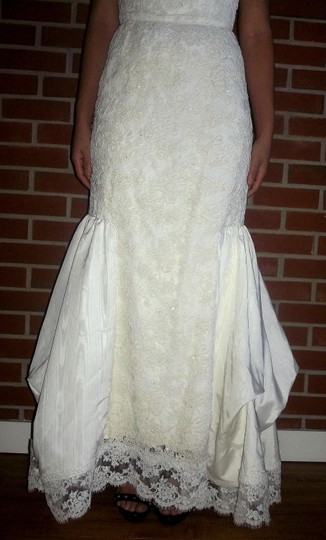 Off White/Cream Satin Lace Beaded Corset Bridal Gown Modern Wedding Dress Size 4 (S)