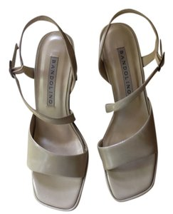 Bandolino High Heel Metallic Silver Taupe Pumps