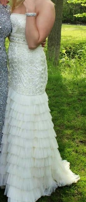 Item - Off White Nylon Noctrune 69701 Vintage Wedding Dress Size 8 (M)