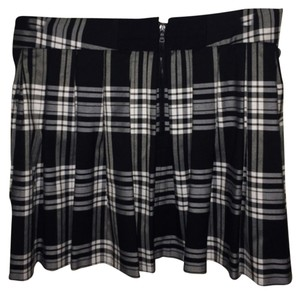 Alice + Olivia Pleated Mini Skirt Black & white plaid