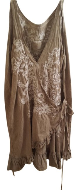 Item - Burlap Tan with Off White Embroidery Tunic Size OS (one size)