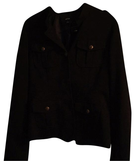 Preload https://item4.tradesy.com/images/apartment-9-button-down-shirt-4158208-0-0.jpg?width=400&height=650