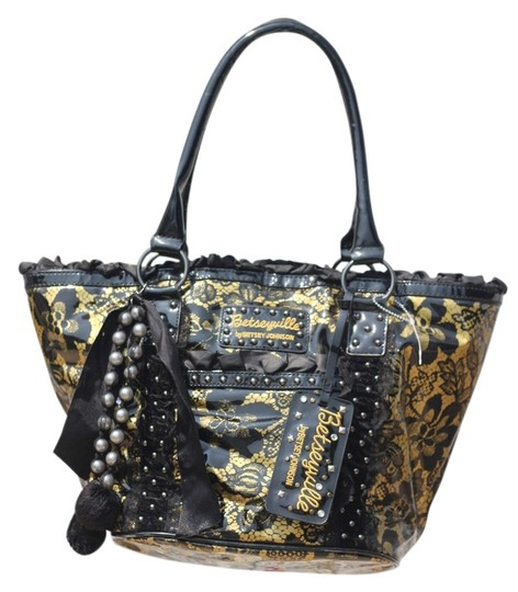 Preload https://img-static.tradesy.com/item/4160611/betseyville-amazing-detail-in-excellent-condition-black-and-gold-shoulder-bag-0-0-540-540.jpg