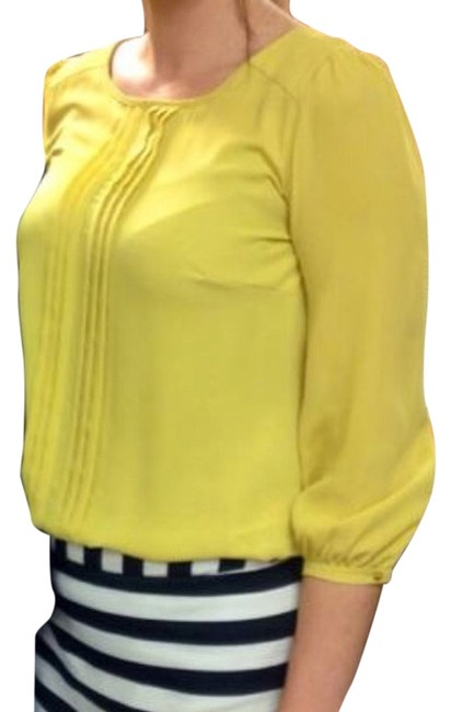 Preload https://item2.tradesy.com/images/forever-21-top-yellow-4161616-0-0.jpg?width=400&height=650