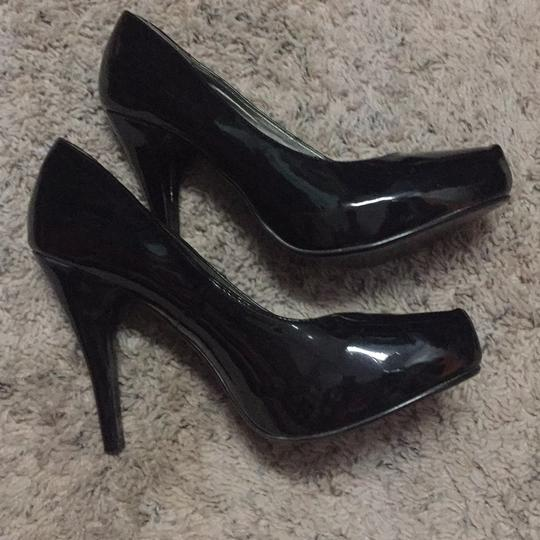 Guess Blac Pumps