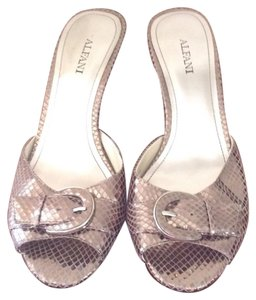 Alfani Chic Fun Flirty Snakeskin Embossed Metallic Silver Mules