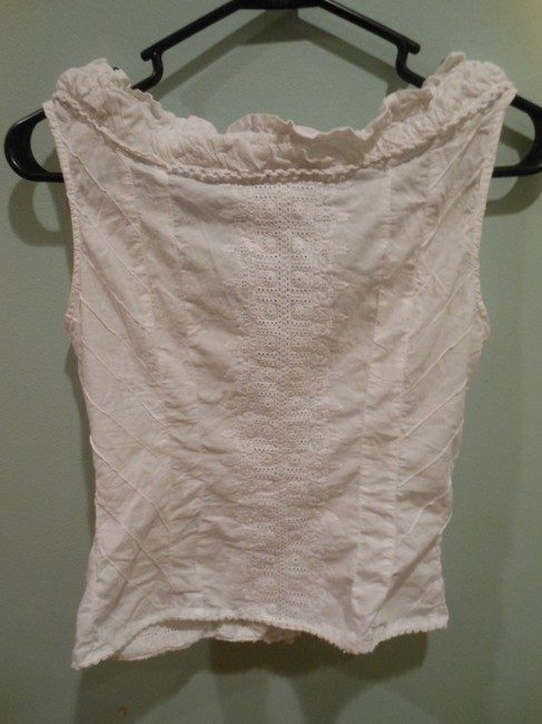 H&M Hennes Specially Made For Cotton Embroidered Clasps Size 6 Made In India Top White