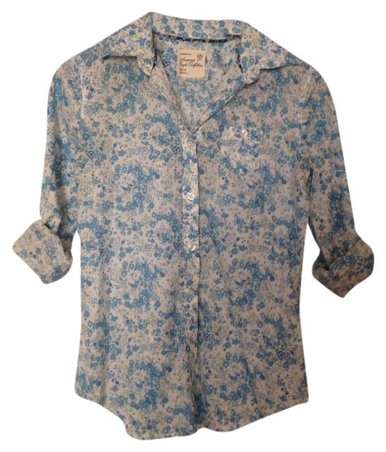 Preload https://item2.tradesy.com/images/american-eagle-outfitters-blue-blouse-button-down-top-size-2-xs-4162816-0-0.jpg?width=400&height=650