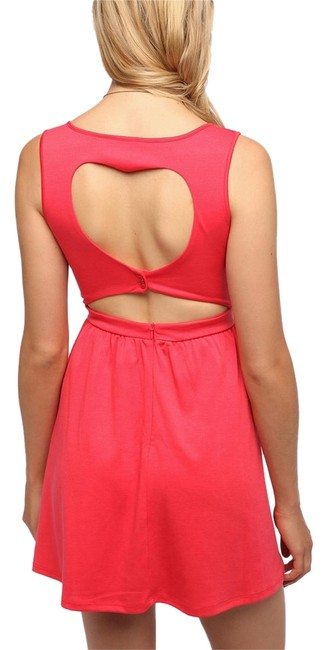 Preload https://img-static.tradesy.com/item/4163611/urban-outfitters-pink-nwot-cut-out-heart-mid-length-short-casual-dress-size-0-xs-0-0-650-650.jpg