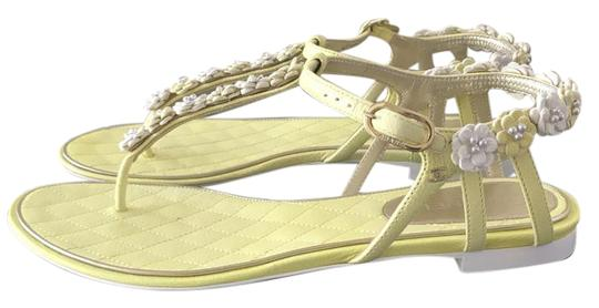 Chanel Yellow/white Sandals