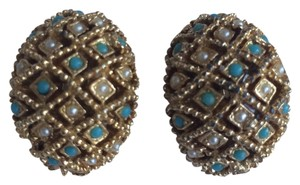 Turquoise Pearl Gold tone clip on Earrings