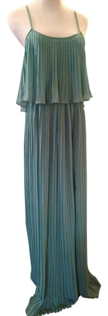 Preload https://item3.tradesy.com/images/forever-21-green-long-casual-maxi-dress-size-2-xs-4165267-0-0.jpg?width=400&height=650