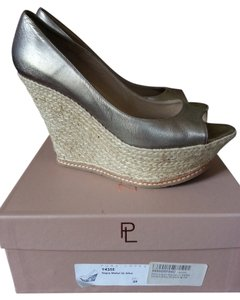 Pura Lopez metal/platina Pumps
