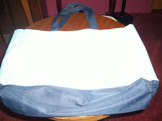 Other Vry Roomy Easy To Carry Tote in light blue, dark blue