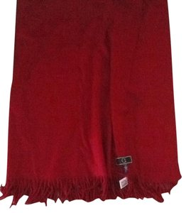 C. Wonder new C Wonder 100% wool red throw, Wrap, Shawl w fringes 72 X 52