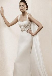 Pronovias La Sposa Wedding Dress