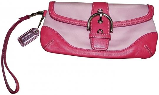 Preload https://item5.tradesy.com/images/coach-hampton-buckle-pink-leather-and-canvas-wristlet-417234-0-0.jpg?width=440&height=440