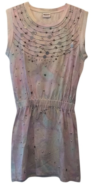 Preload https://item1.tradesy.com/images/other-dress-pink-and-silver-4173775-0-0.jpg?width=400&height=650