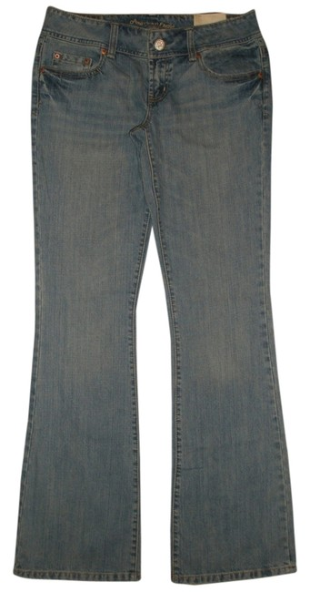 Preload https://item2.tradesy.com/images/american-eagle-outfitters-super-low-rise-flare-leg-jeans-washlook-4173856-0-0.jpg?width=400&height=650
