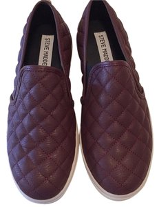 Steve Madden Wine Athletic
