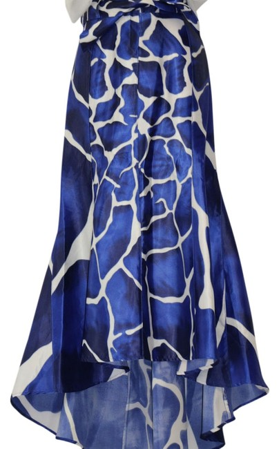 Preload https://item3.tradesy.com/images/venus-blue-white-and-charcoal-midi-skirt-size-4-s-27-4179412-0-0.jpg?width=400&height=650