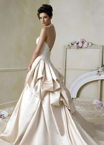 Jim Hjelm Jim Jhelm Wedding Dress