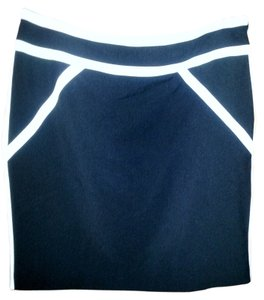 Worthington Skirt Black & white