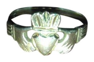 Jared Women's Claddagh Ring 14k Yellow Gold
