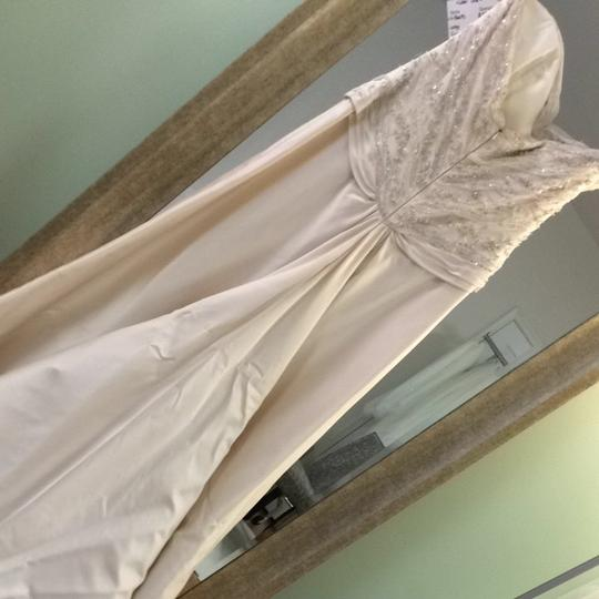 Jim Hjelm Ivory Silk Satin 8605 Wedding Dress Size 8 (M)