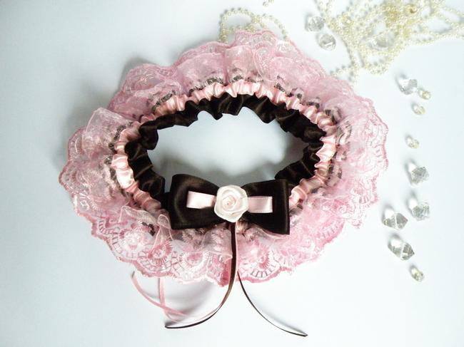 Item - Pink and Brown Wedding Bridal Garter with Lace Embellishment Color Ribbon Rose