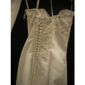 Jasmine Bridal White Formal Wedding Dress Size 4 (S)