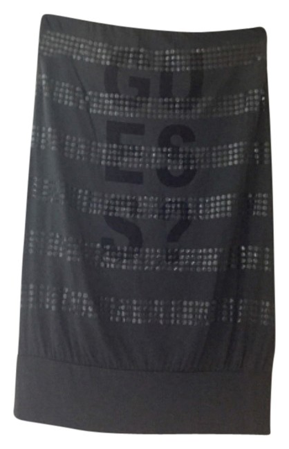 Preload https://item4.tradesy.com/images/guess-gray-night-out-top-size-4-s-4185793-0-0.jpg?width=400&height=650