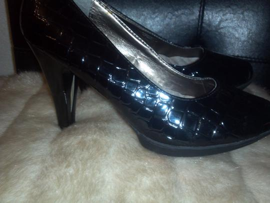 Other Black Pumps