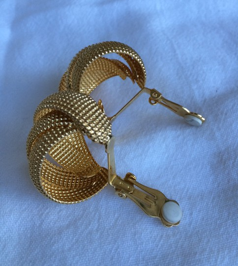Other Gold Tone Clip On Earrings