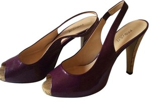 Preview International Plum Pumps