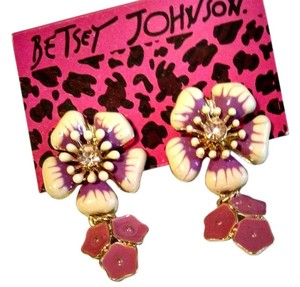 Betsey Johnson Betsey Johnson Earrings Flower Studs Pink Gold J1058