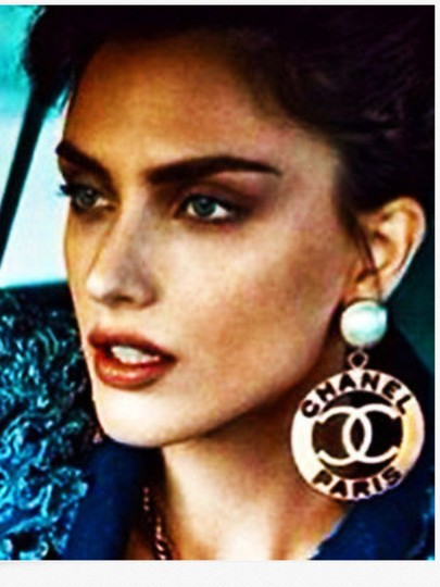Chanel FAMOUS VINTAGE CHANEL PARIS GOLD PLATED CUTOUT CLIP EARRINGS