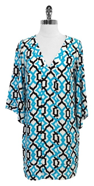 Preload https://item5.tradesy.com/images/alice-and-trixie-blue-black-geo-print-silk-mini-short-casual-dress-size-0-xs-4189399-0-0.jpg?width=400&height=650