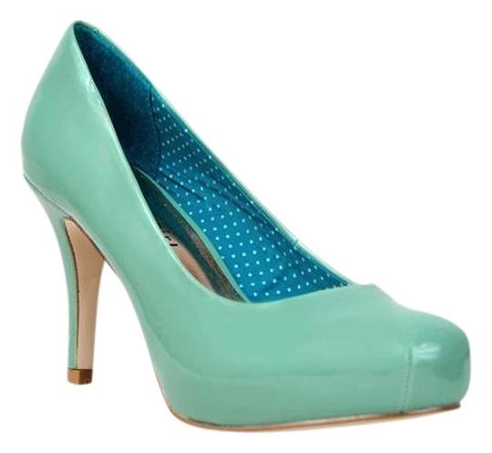 Preload https://item3.tradesy.com/images/madden-girl-mint-getta-pumps-size-us-75-419002-0-0.jpg?width=440&height=440