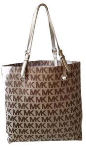 Michael Kors Tote in Beige and Kahki