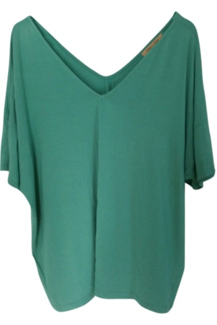 Preload https://item4.tradesy.com/images/piko-1988-tunic-size-8-m-4192618-0-0.jpg?width=400&height=650