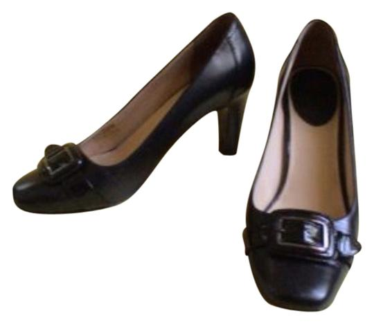 Preload https://item4.tradesy.com/images/cole-haan-black-pumps-size-us-9-regular-m-b-4192738-0-0.jpg?width=440&height=440
